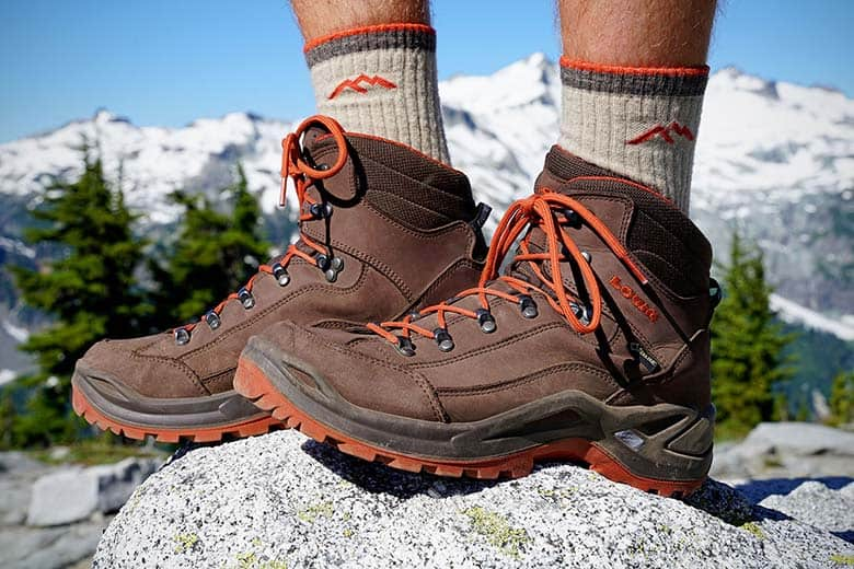 economic collapse hiking boots preppingplanet.com