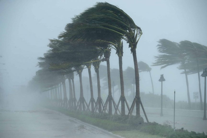 preparing for a hurricane list preppingplanet.com